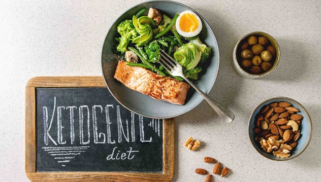 Chế độ ăn ketogen là chế độ ăn rất ít carb, giàu chất béo